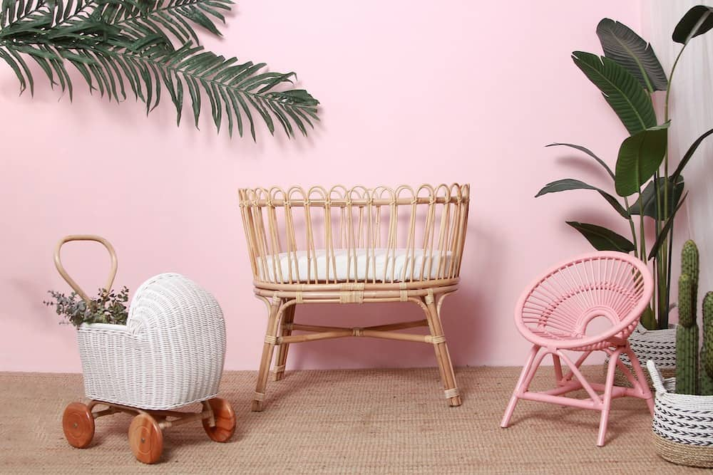 Bassinet, pram and chair from Momiji Kids