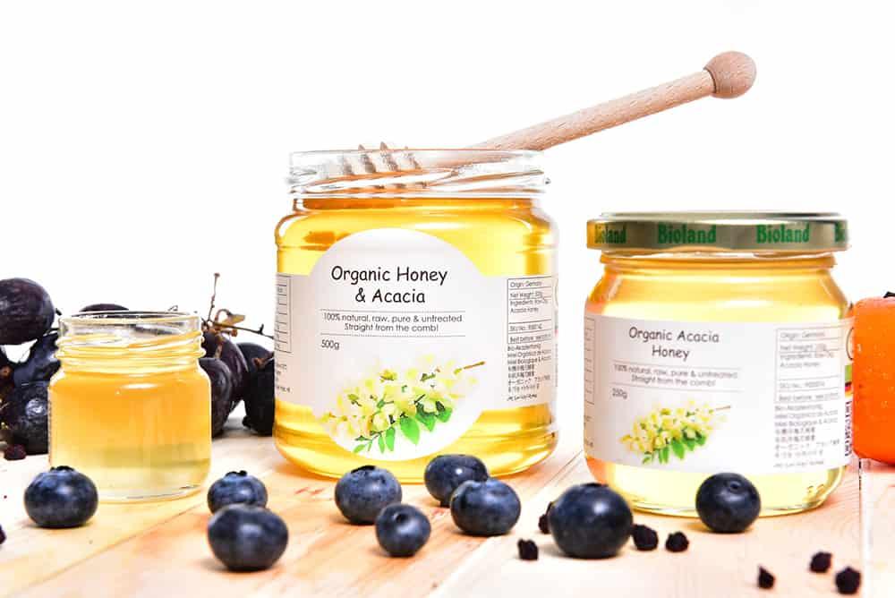 Conscious Christmas gifts: Acacia honey