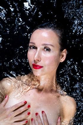 Tanja Wessels in water